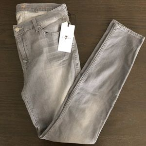 7 for all mankind Gwenevere Skinny Size 29 NWT
